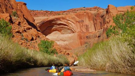 Pack rafting Escalante River
