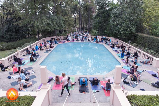 November Happenings: Breakfast Yoga Club