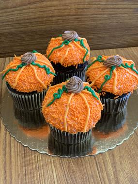 Pumpkin Decorated Chocolate Cupcakes