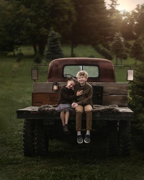 Brother_Sister_Portrait_Vintage_Truck_Ha