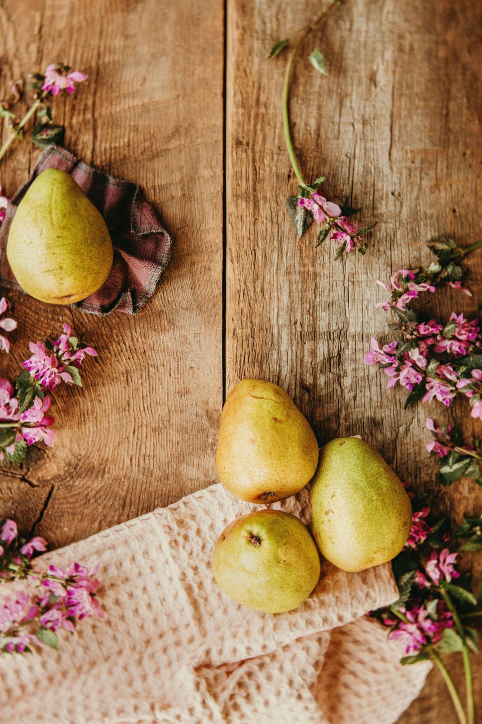 Hollie_Jeakins_Food_Photograhy_Pears.jpg