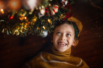 Child_Christmas-Bokeh_Lights.jpg
