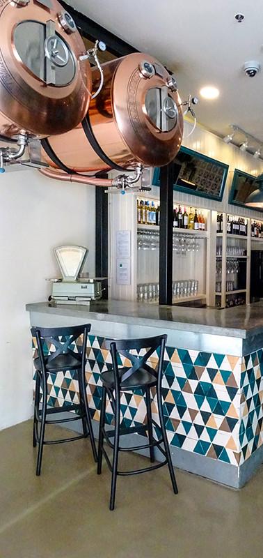 Azulejos barra bar Malavida