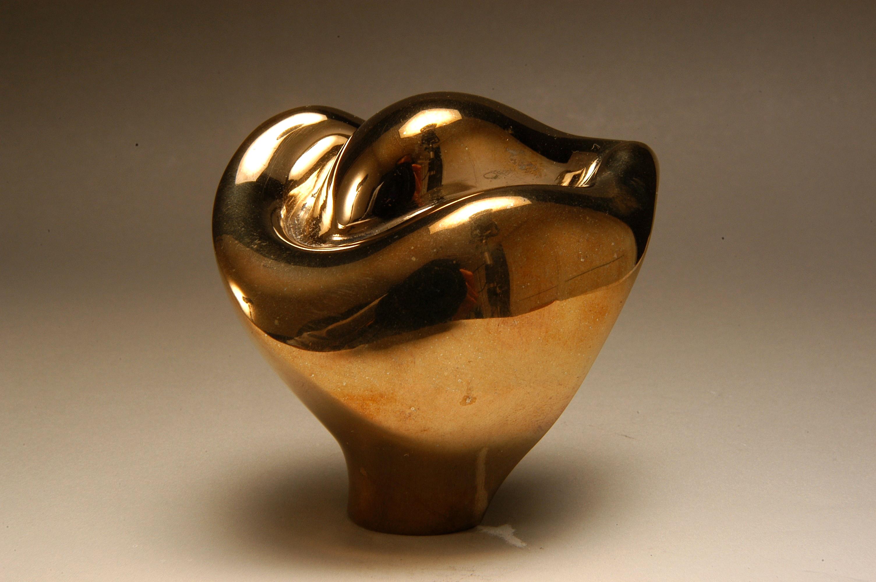 Nesting (gold)- a.jpg