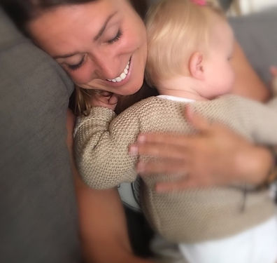 Niñera con un bebé