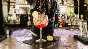 10 Signs your restaurant needs help in the bar department