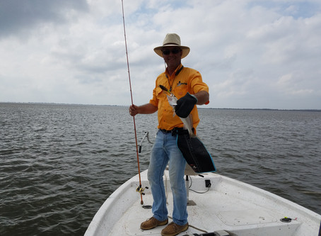 Go ahead; fight your catch in the water. . . but bring it into the boat with ease!