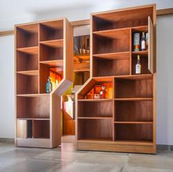 Bookcase / sliding partition / OPEN