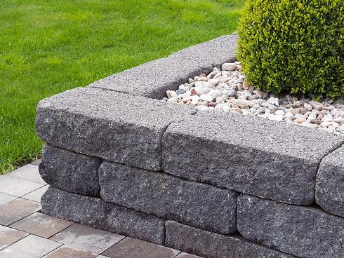Gartenmauer.jpeg