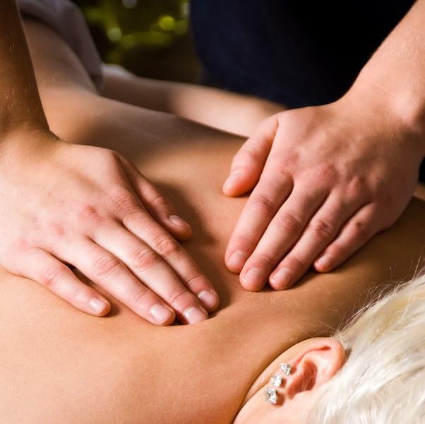 lady having a deep tissue massage