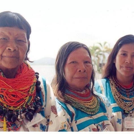 Mujeres Cofanes
