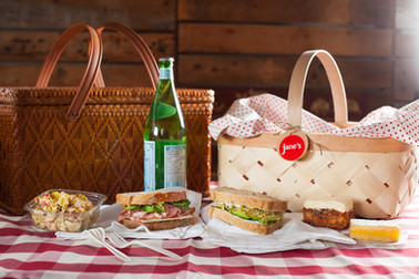 Ask about a Picnic Lunch or Breakfast Box for 2-to-4. Photo: Kelly Neil