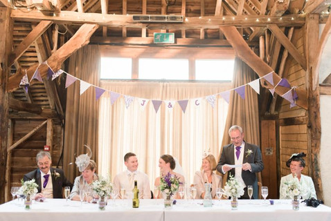 herons-farm-barn-berkshire-wedding-photo