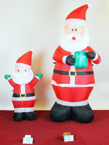 4 ft and 2 ft santa .png