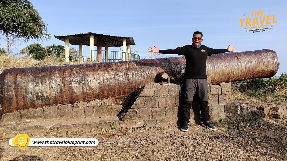 Nau Gazi Tope - Narnala Fort