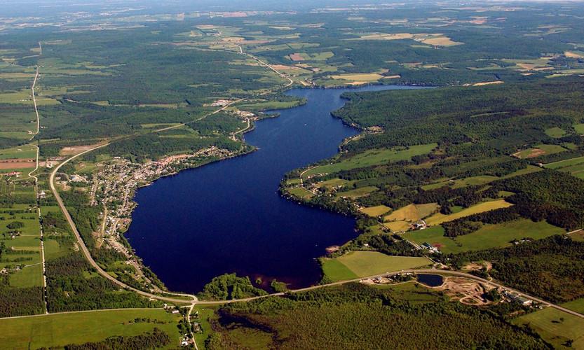 Vue aérienne du lac William