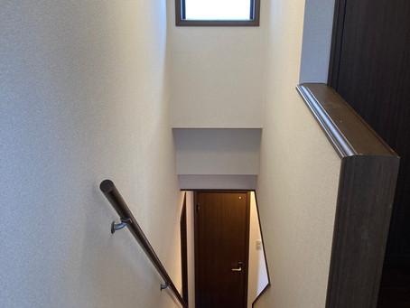 壁紙・クロス張替え・床張替え・インテリアリフォームは仙台の内装リフォーム専門店インテリア井上にお問い合わせください。