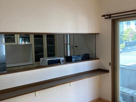 地震の被害でひび割れた壁もキレイに補修いたします!仙台の内装リフォーム専門店インテリア井上にお任せください。
