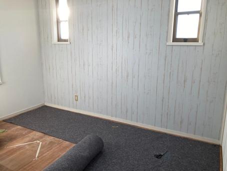 お好きな色柄の壁紙でお部屋をカスタマイズしてみませんか 仙台の内装リフォーム専門店インテリア井上にお問い合わせください。