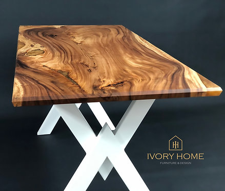 164 cm Epoxy Resin Gold Dining Table Exotic Suar Wood