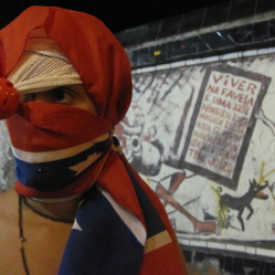 Museu de Colagens Urbanas _ foto: Rachel Queiroz- Rio de Janeiro/RJ - Arcos da Lapa, sexta13 de Maio de 2011
