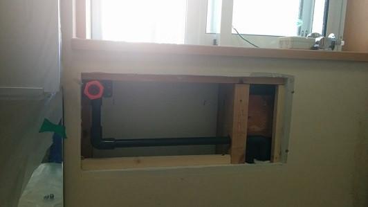 配管移設、下地復旧 洗濯水栓