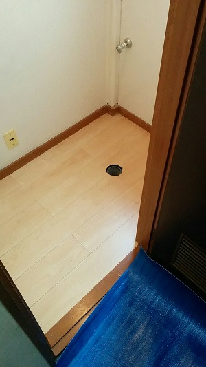 床の張替(フローリング) キッチンパネル張り