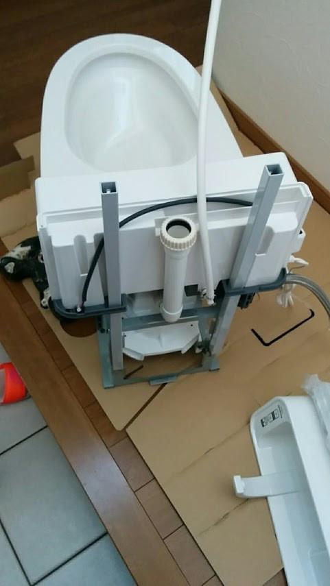 堺市O様邸 1F トイレ改装工事 アラウーノV手洗いユニット組み立て