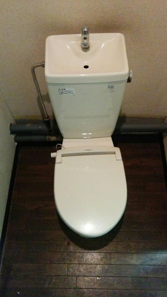 大阪市リフォレ工事 1Fトイレ改装施工前