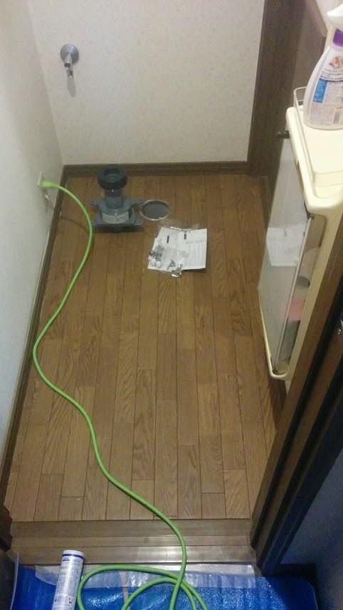 CFの貼替 排水ソケット交換 松原市 トイレ