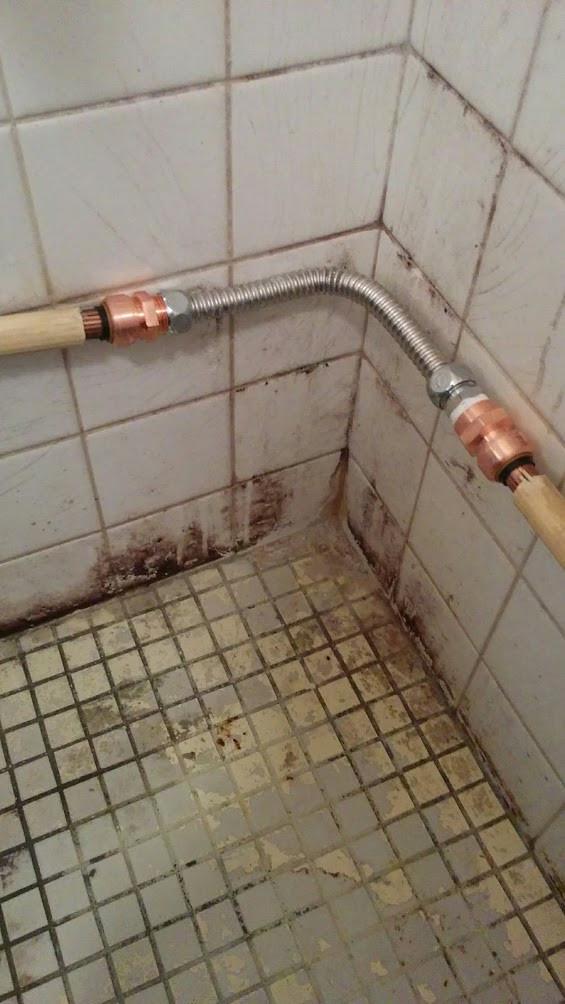 給湯管 修繕 漏水修理 配管