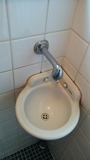 豊中市 U様邸 蛇口交換 施工前 リフォーム 水栓 トイレ