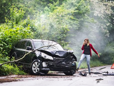Unfallflucht: keine Verletzung der Aufklärungsobliegenheit bei Entfernen von Unfall an einsamem Ort