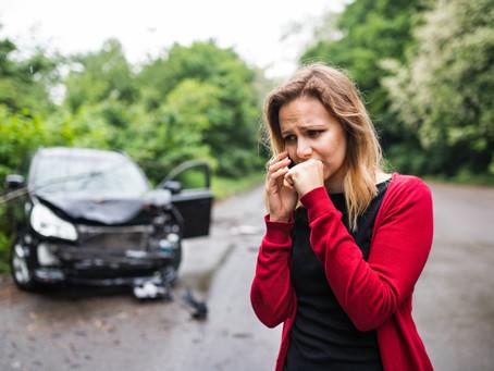 Kein Kaskoschutz und Schadensersatz bei unerlaubtem Entfernen vom Unfallort