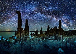 Volkhard Sturzbecher,  Mono Lake - Milky Way, California