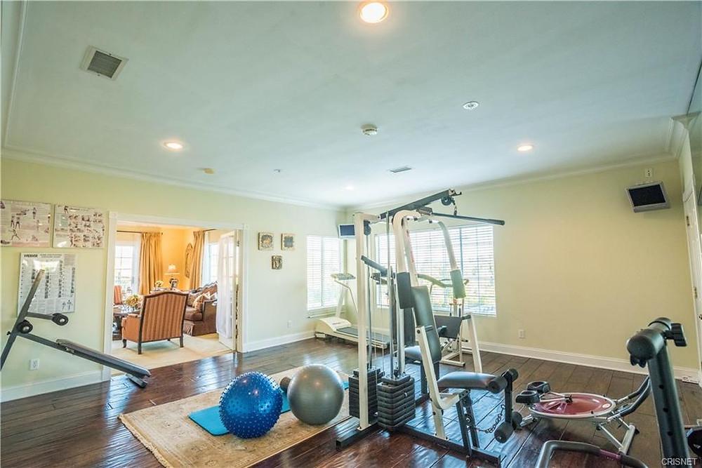 granada hills home gym