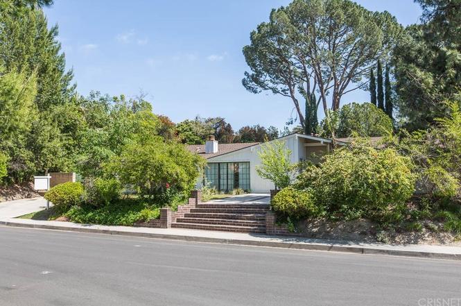 Eichler Home in Granada Hills
