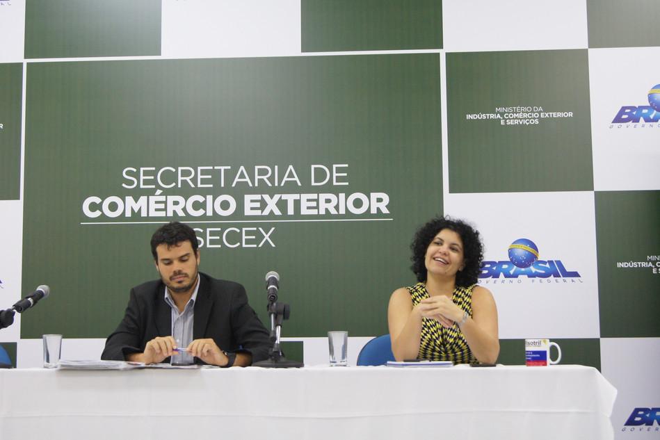 ACEs ratificam criação da AACE Sindical