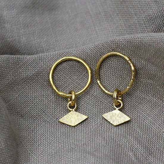 Textured Earrings with Rhombus Tag