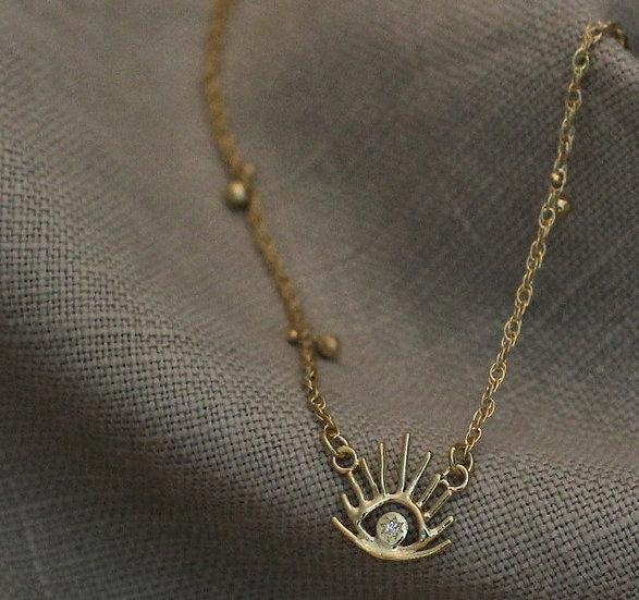Haul Amulet Pendant Necklace