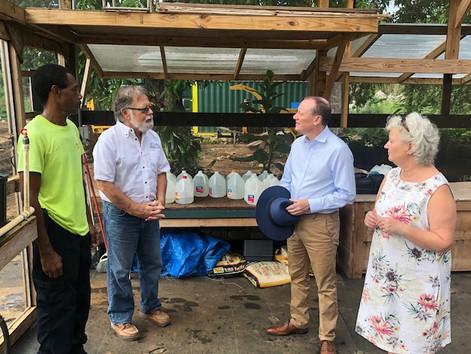 Governor Tours Beacon Farms