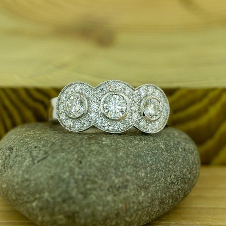R6652A2.diamond.717909.art300dpi.jpg