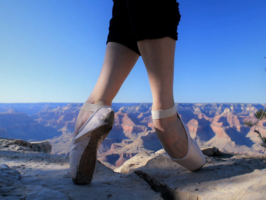 En Pointe at the Grand Canyon