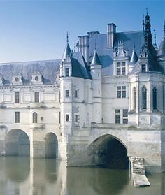 Château de Chenonceau chambord Louire valley france Châteaux deborah anthony chinon Cité royale de Loches chaumont  blois amboise
