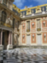 Royal residences Paris france tourism tours itineraries deborah anthony french Travel Boutique castles loire valley kings and queens chateux château