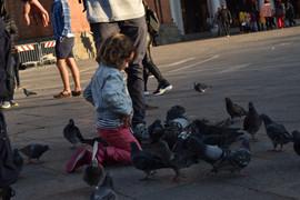 Garota Praça de São Marcos.JPG