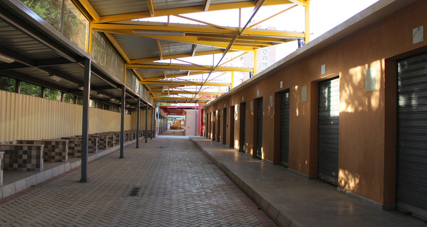 Permanent and temporary units in Zenein Market