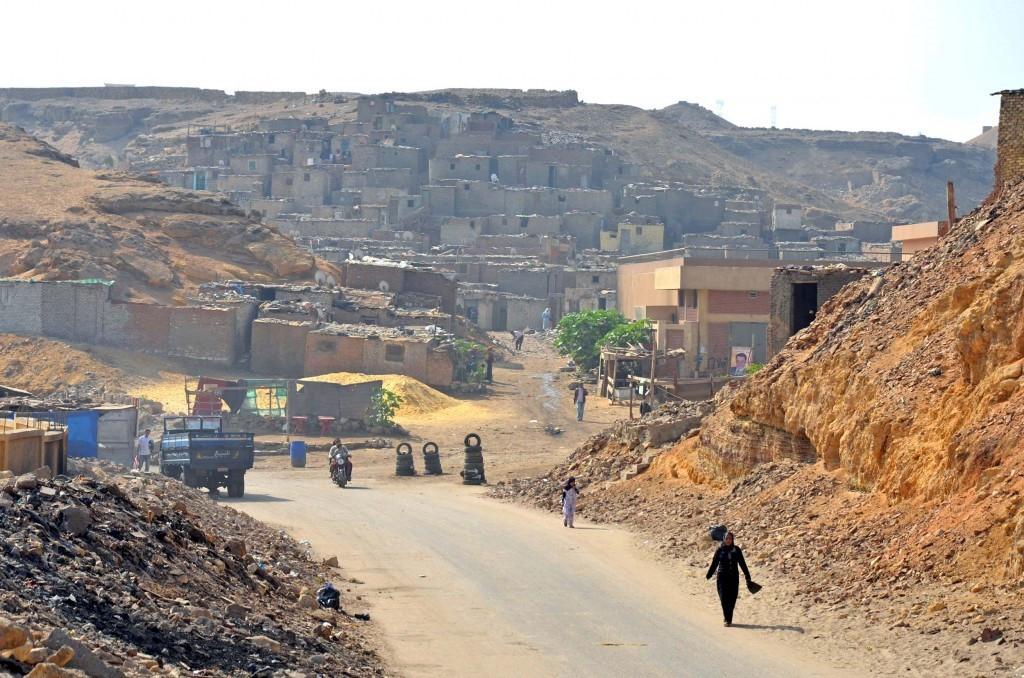 A street in the al-Zarāyb/al-Zabbālīn area