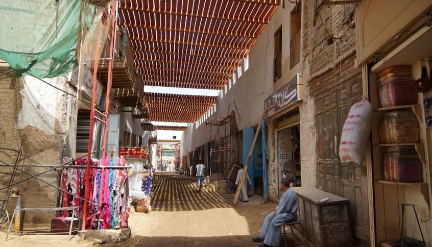 Pilot upgrading of a portion of al-Qisariyya market