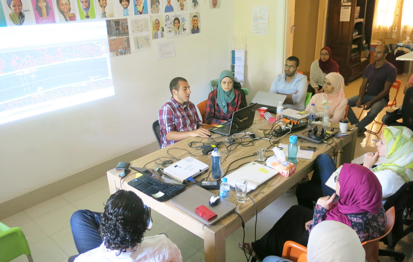 Workshop with the interns at TICD office
